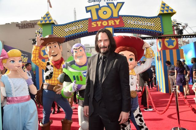 Keanu Reeves Talks Building LEGO Spaceships on 'Toy Story 4' Blu-ray