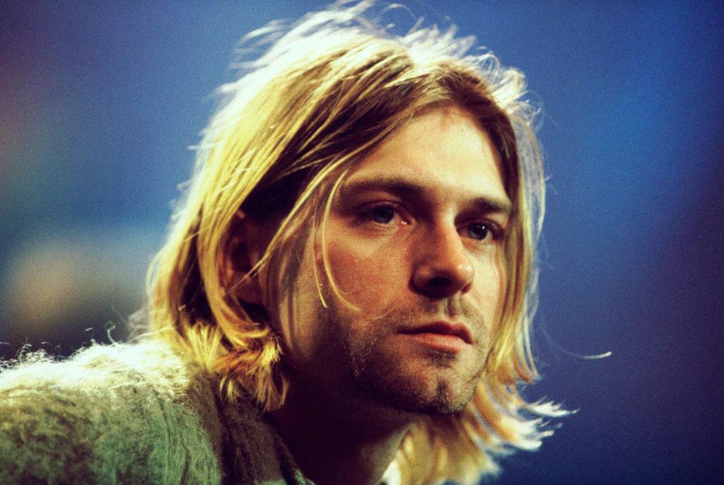 Kurt Cobain performs on MTV Unplugged