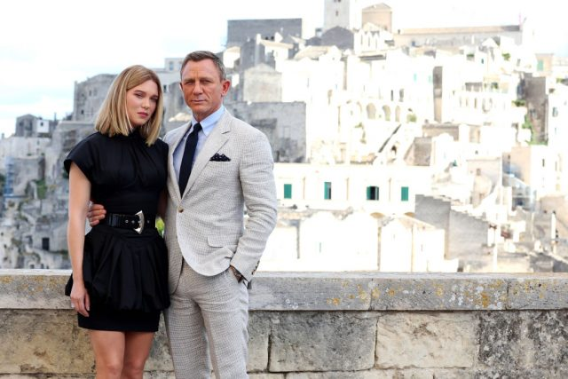 Léa Seydoux and Daniel Craig on the set of 'No Time To Die'