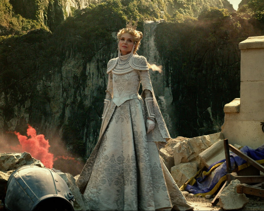 Michelle Pfeiffer in Maleficent: Mistress of Evil
