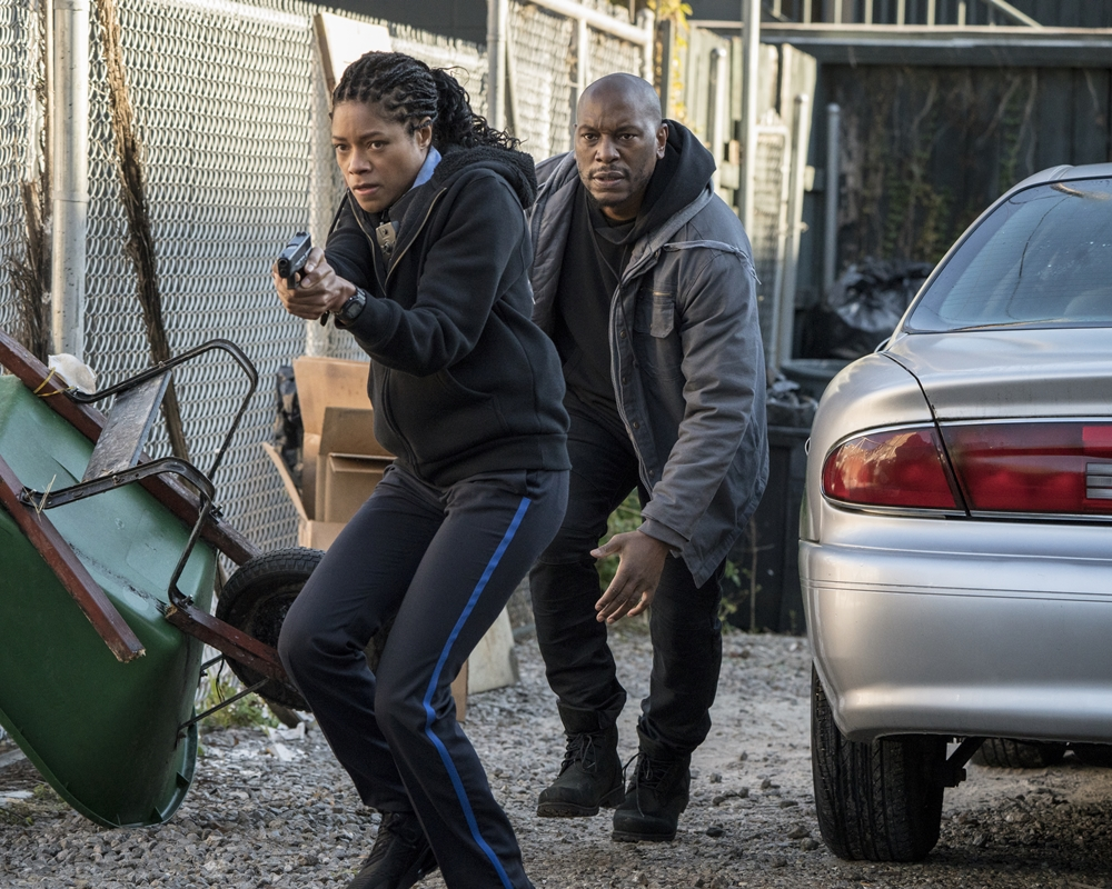 Naomie Harris and Tyrese in Black and Blue