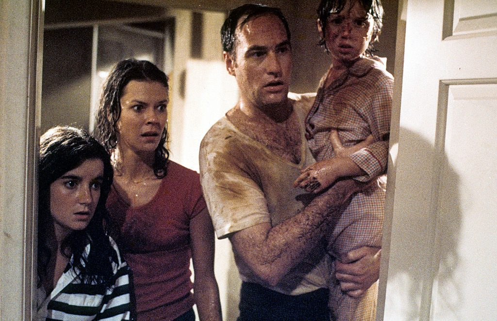 JoBeth Williams, Craig T. Nelson, and Oliver Robins