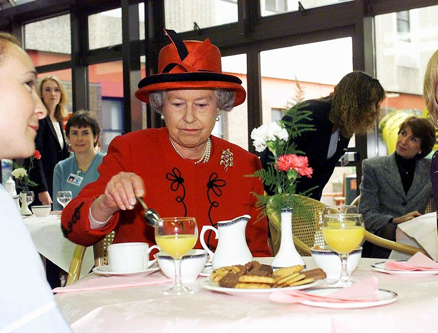 Queen Elizabeth's Eating Habits Leaked By Former Chef