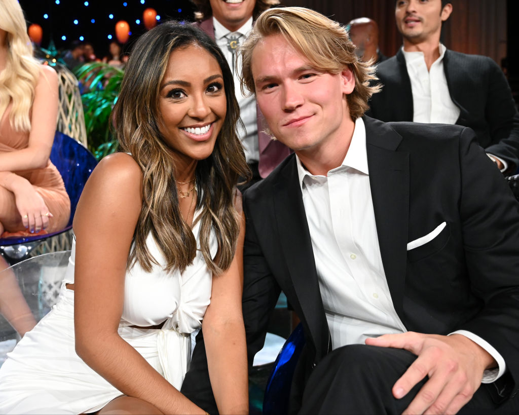 John Paul Jones and Tayshia Adams on the finale of 'Bachelor in Paradise.'