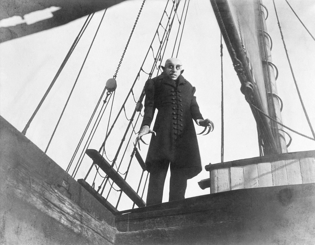 Count orlock on boat in Nosferatu