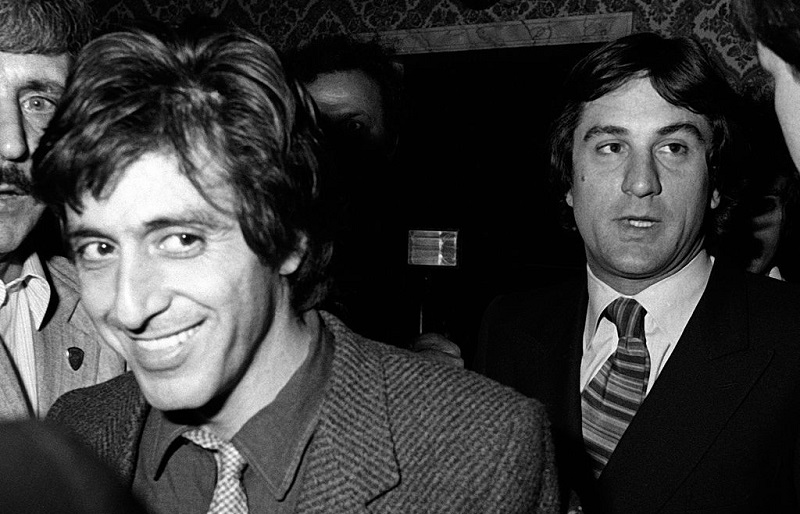 Robert de Niro sued by ex-aide