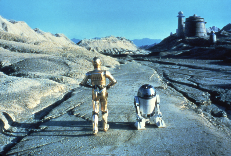 Anthony Daniels and Kenny Baker on the set of Star Wars: Episode VI
