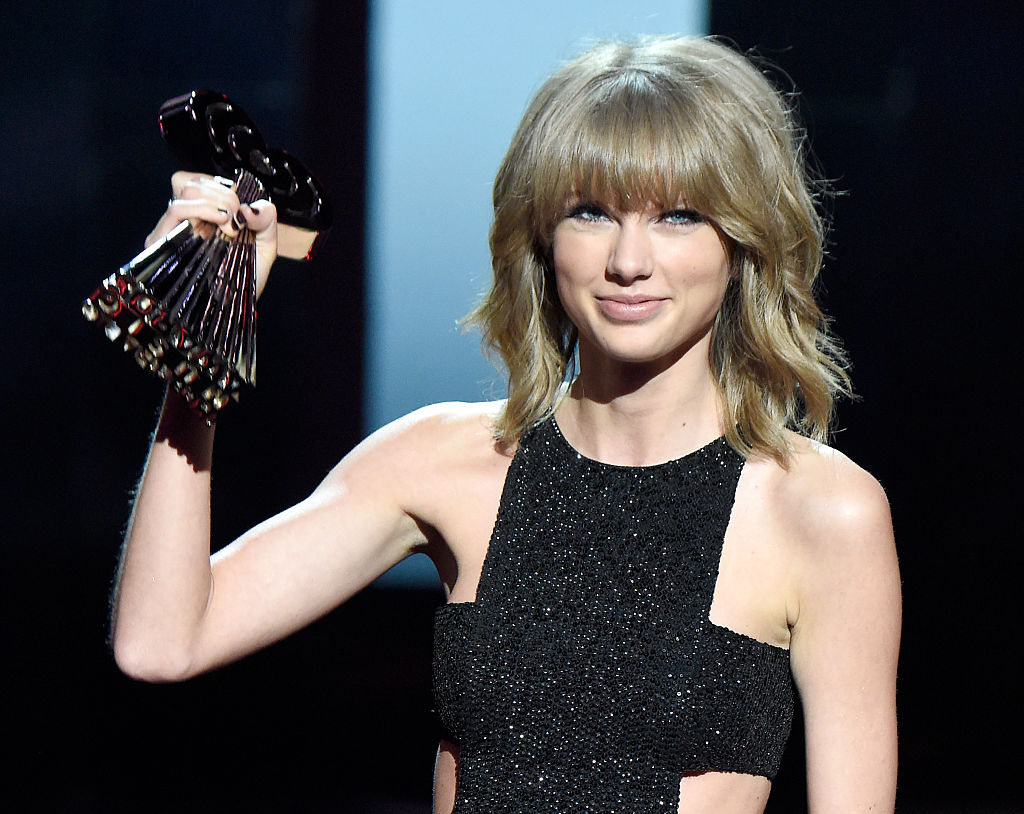 Taylor Swift Reflects On Older Songs All Too Well And Blank Space
