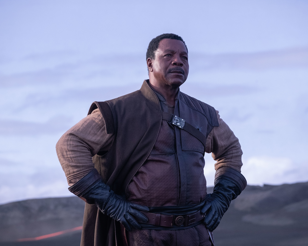 'The Mandalorian' review: A 'Star Wars' blockbuster on Disney+