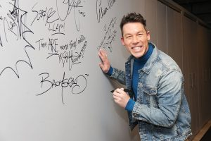 'My Lottery Dream Home': What Is David Bromstad's Net Worth in 2019?