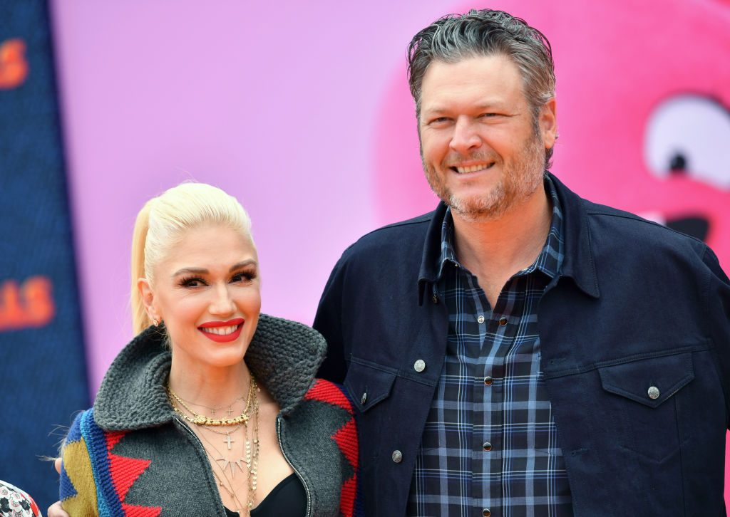 Gwen Stefani will give award to son