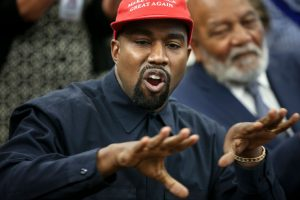 'SNL': Kanye West's 'Uncomfortable' Political Rant Made Things Weird for Cast
