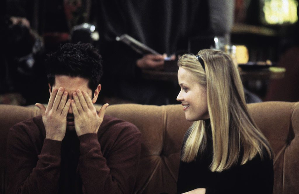 Reese Witherspoon and David Schwimmer on 'Friends'