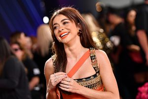 How 'Modern Family' Star Sarah Hyland Uses Instagram to Inspire Others