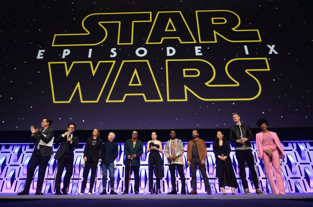 "Director J.J. Abrams, Producer Kathleen Kennedy, Anthony Daniels (C-3PO), Billy Dee Williams (Lando Calrissian), Daisy Ridley (Rey), John Boyega (Finn), Oscar Isaac (Poe Dameron), Kelly Marie Tran (Rose Tico), Joonas Suotamo (Chewbacca) and Naomi Ackie (Jannah) of ""The Rise of Skywalker"""