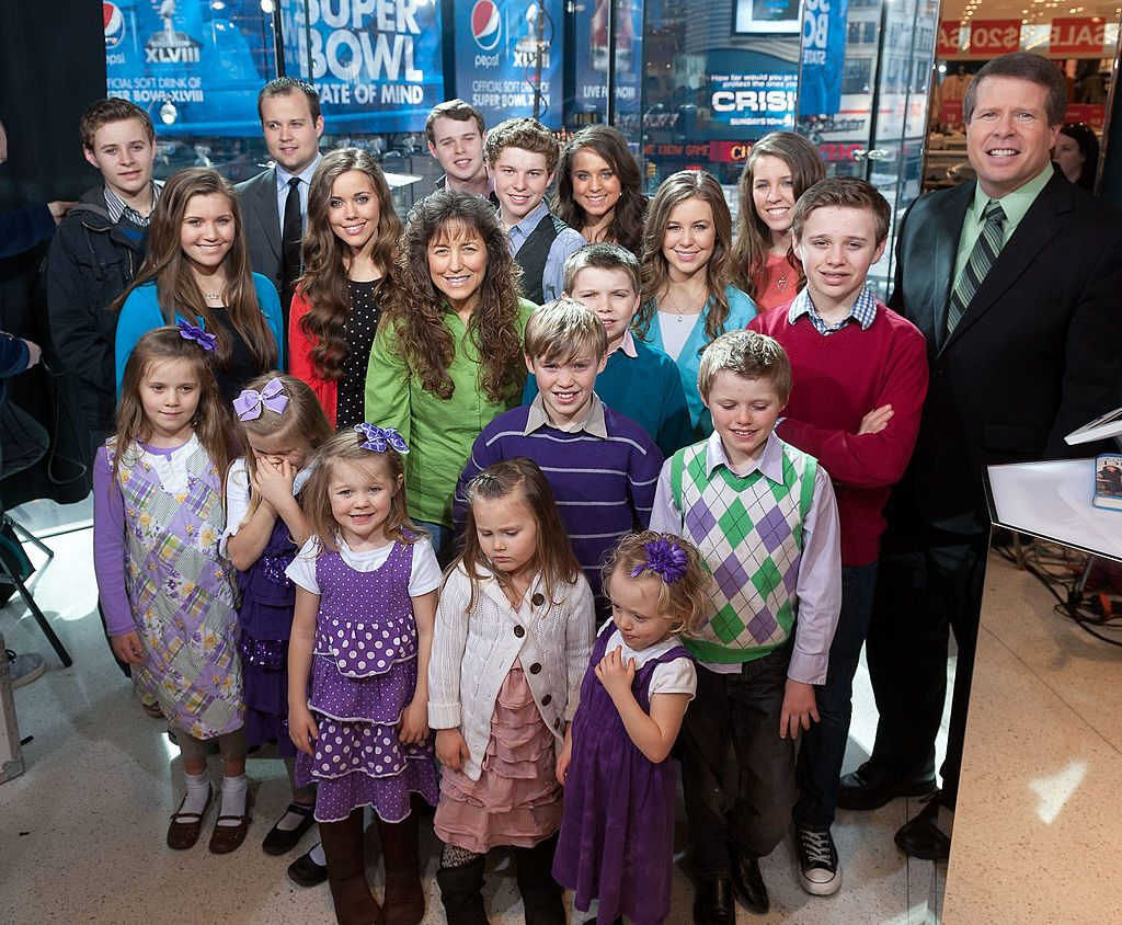 "The Duggar family visits ""Extra"" at their New York studios"