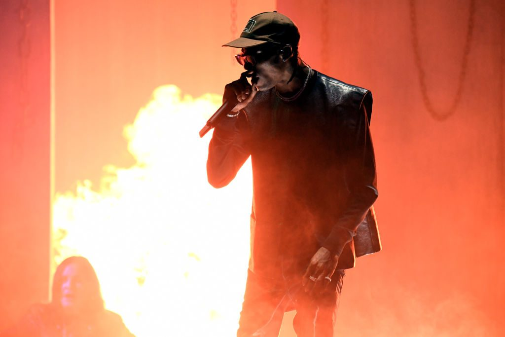 Travis Scott performing at the 'AMAs'