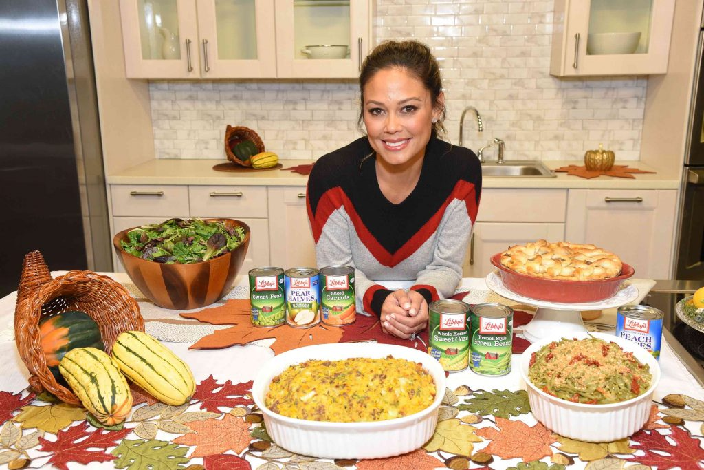 Vanessa Lachey teams up with Libby`s Fruits & Vegetables to create timeless Thanksgiving recipes