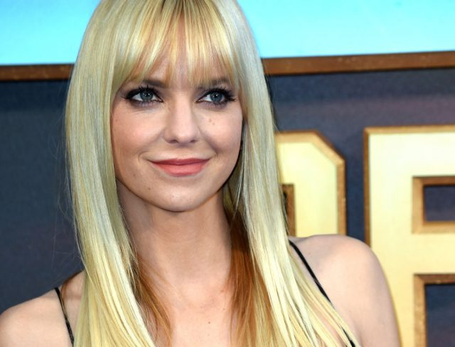 Did Anna Faris Secretly Confirm That She's Engaged?