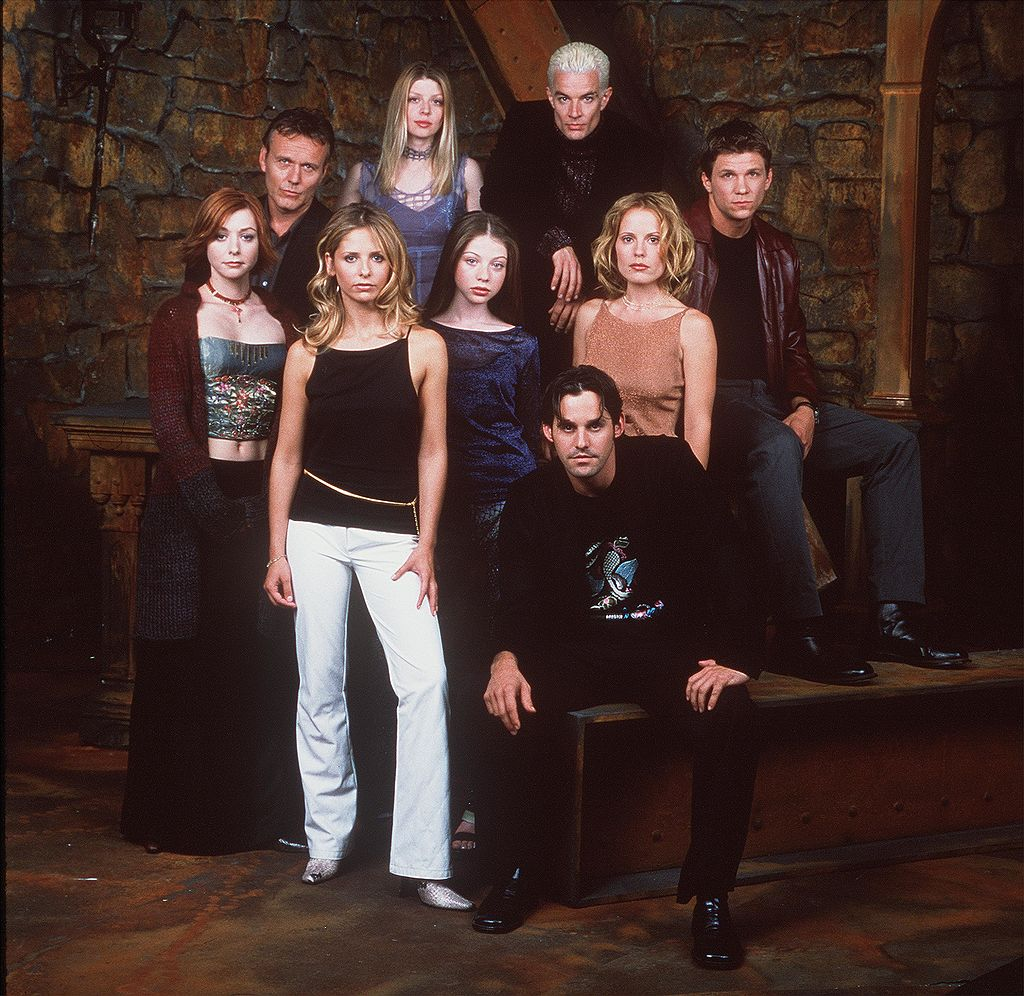 The cast of 'Buffy The Vampire Slayer' pose for a promotional photo in a later season of the show.