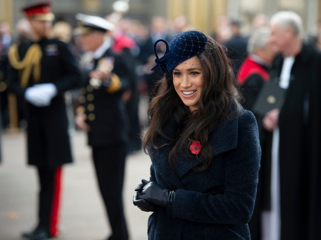 Meghan Markle meets veterans and soldiers as she attends the 91st Field of Remembrance.