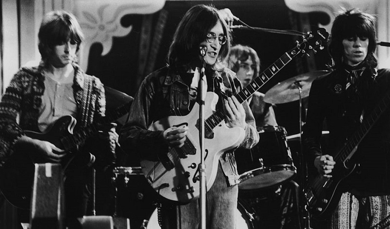 How Eric Clapton Responded to John Lennon Wanting Him in The Beatles