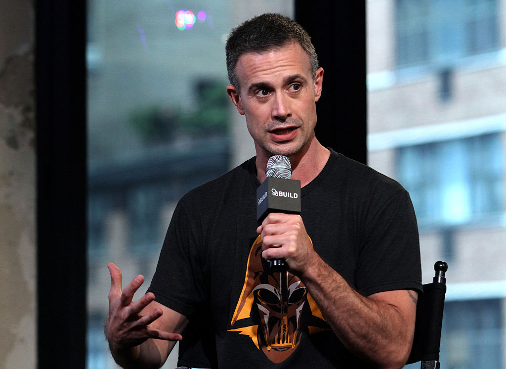 """Freddie Prinze Jr promotes his book """"Back To The Kitchen"""" on the AOL BUILD Series."""