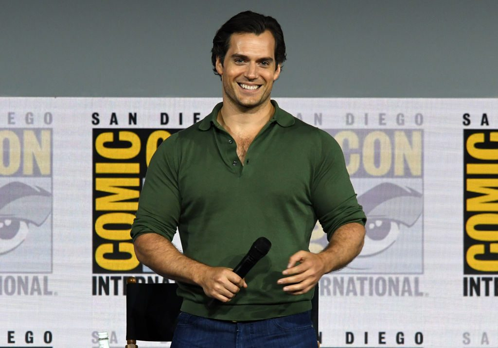 Henry Cavill not ready to hand over Superman role""