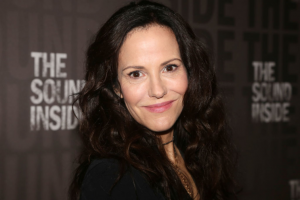 'Weeds' With Mary-Louise Parker is Returning to TV As a Sequel