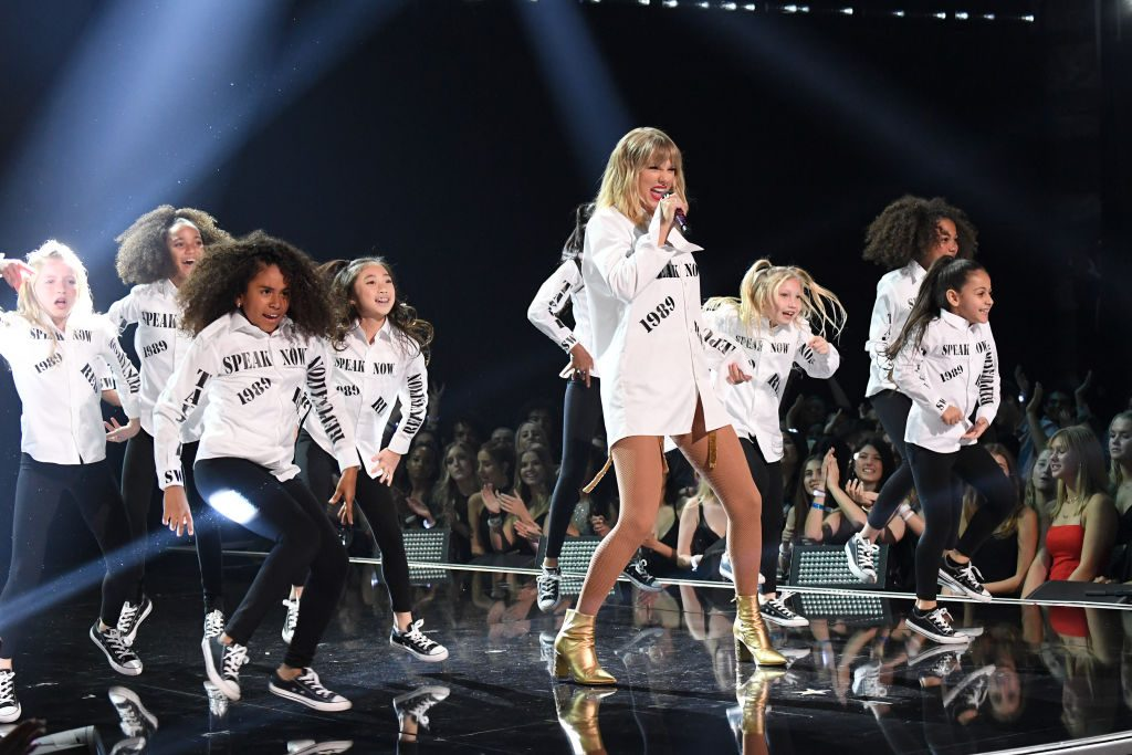 Taylor Swift performs onstage at the 2019 AMAs