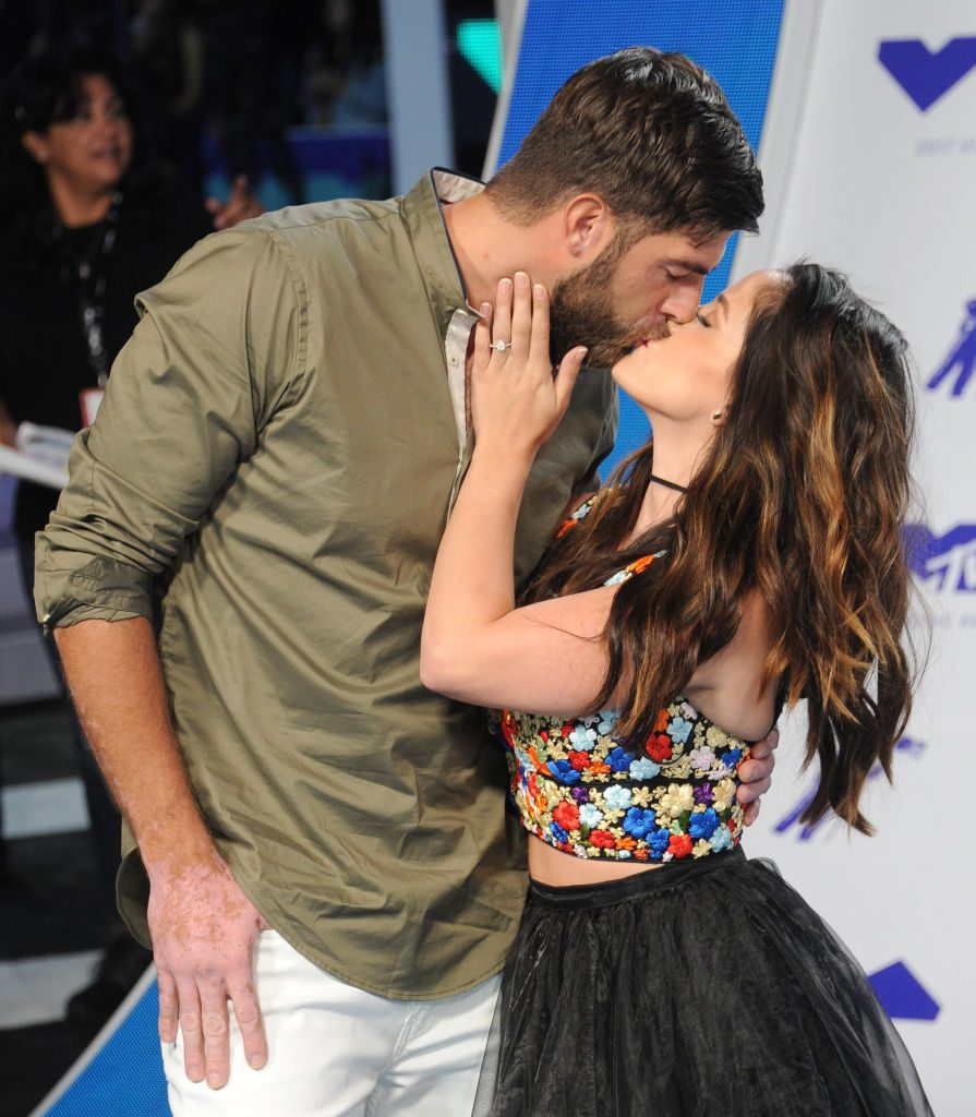 David Eason and Jenelle Evans arrive at the 2017 MTV Video Music Awards