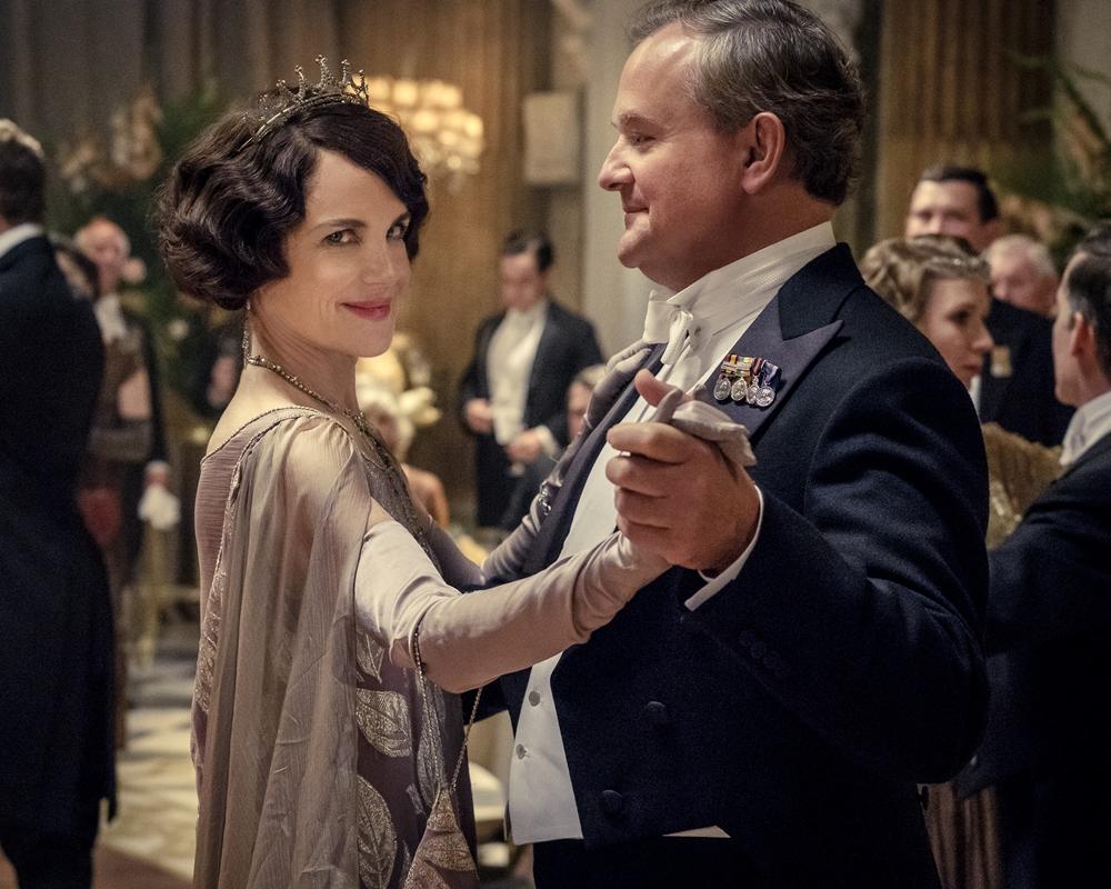 Elizabeth McGovern and Hugh Bonneville in the Downton Abbey movie
