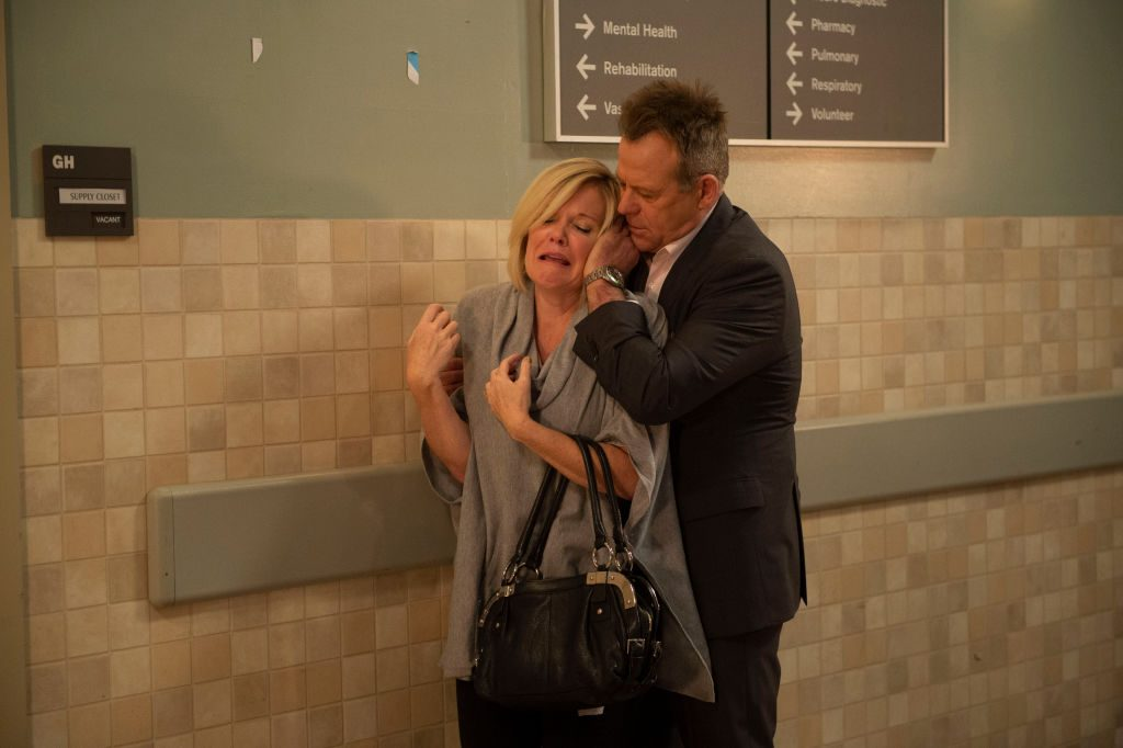Maura West and Kin Shriner acting on 'General Hospital'