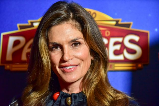 Why Cindy Crawford 'Hated' Her Iconic Beauty Mark