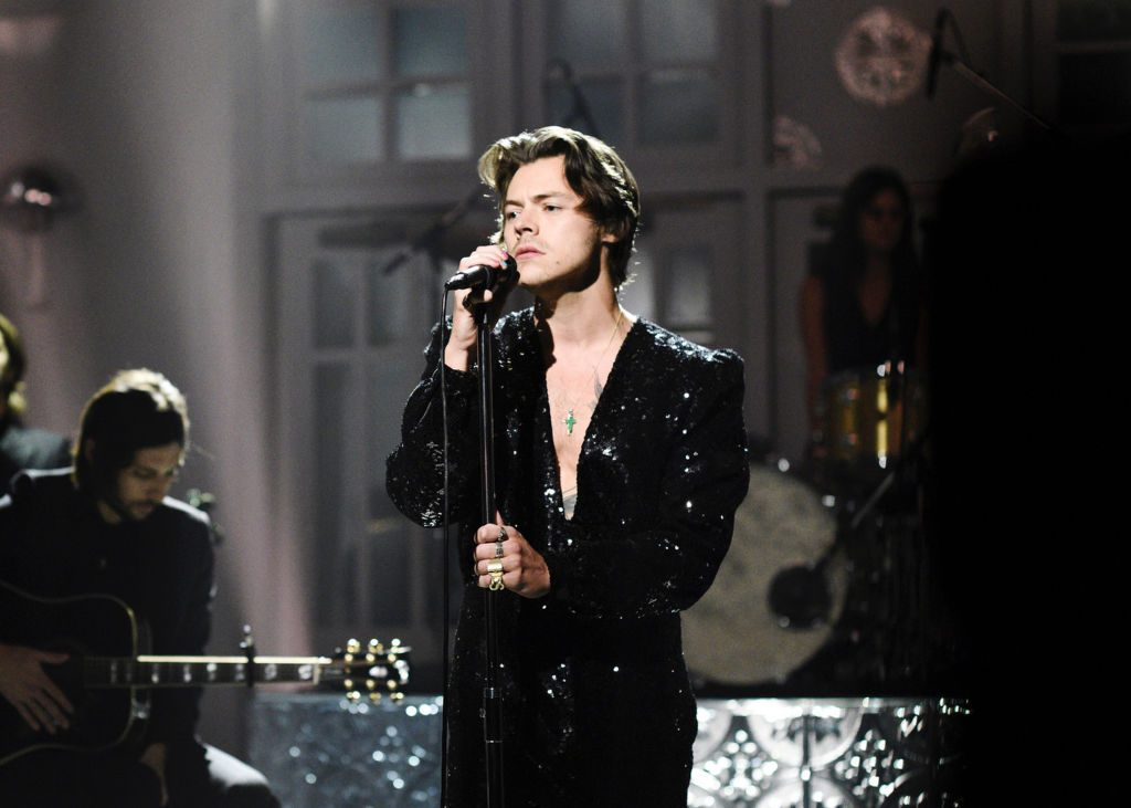 Harry Styles performing
