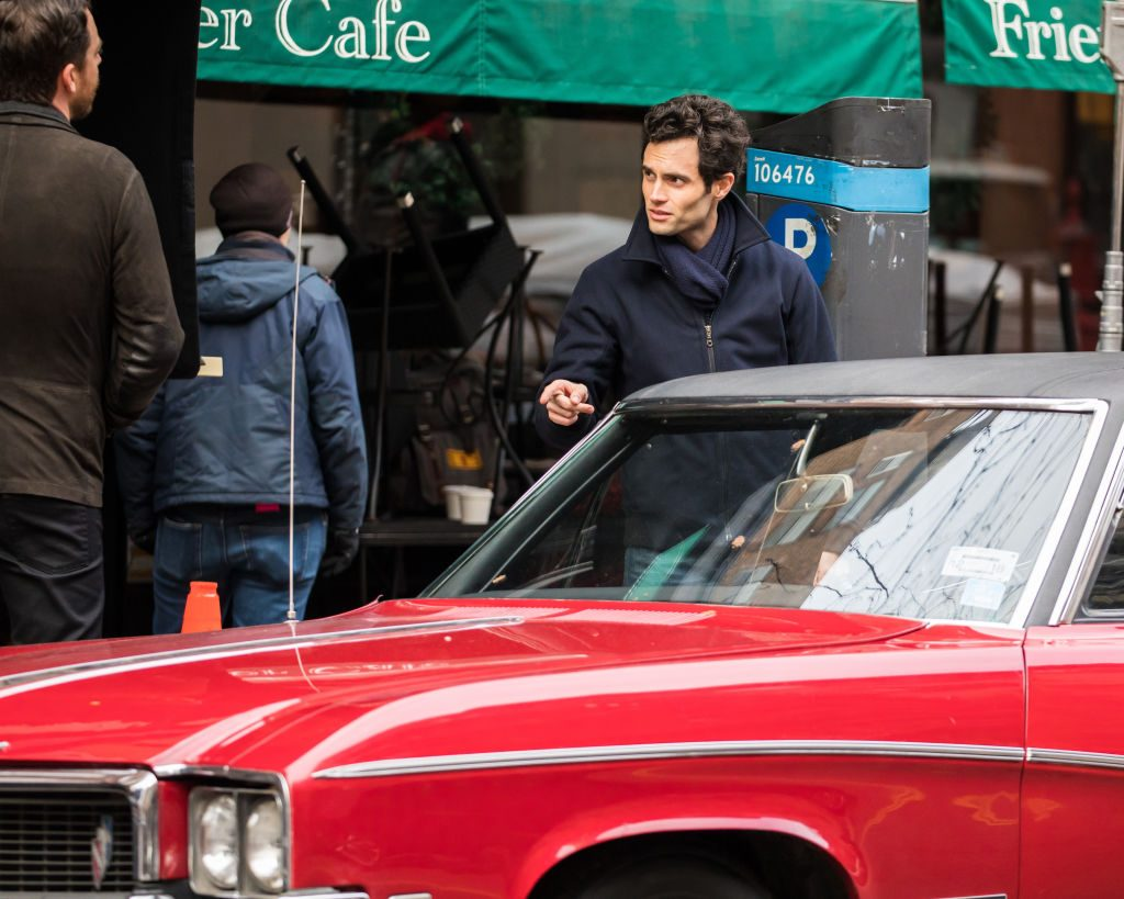Penn Badgley is seen filming 'You'