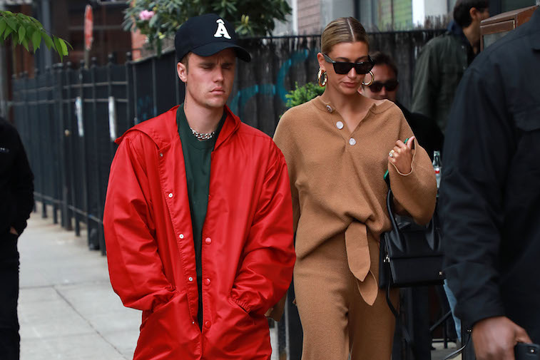 Justin and Hailey Bieber walking in New York