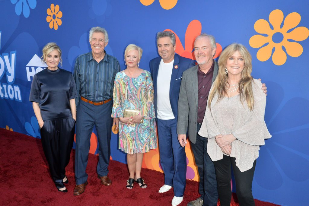 (L-R) Maureen McCormick, Barry Williams, Eve Plumb, Christopher Knight, Mike Lookinland and Susan Olsen attend the Premiere of HGTV's 'A Very Brady Renovation.' | Jerod Harris/FilmMagic