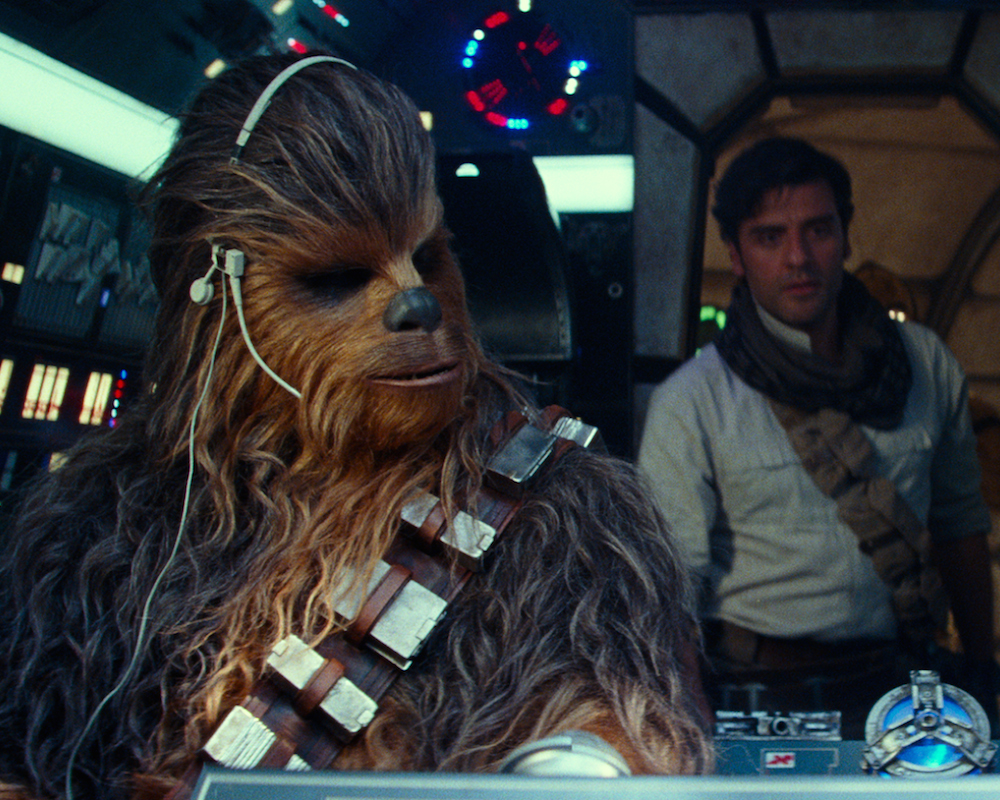 Oscar Isaac and Chewbacca