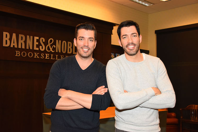 Jonathan Scott and Drew Scott at their book signing