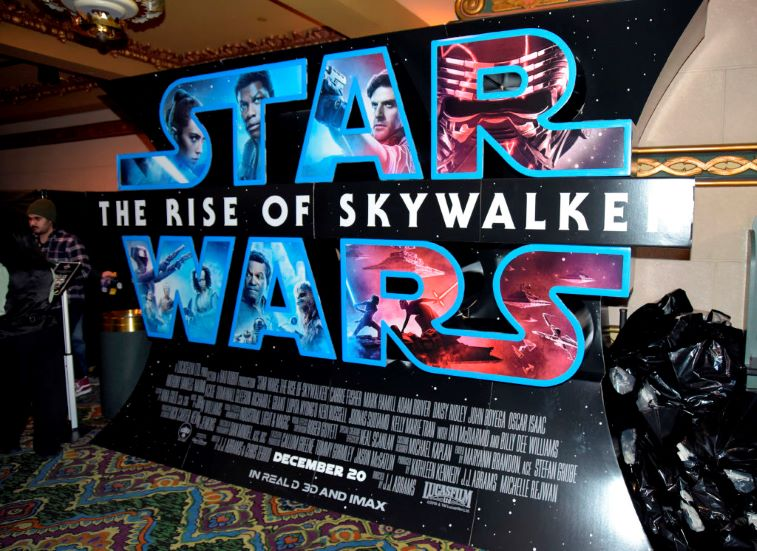 Star Wars Rise Of Skywalker Despite Initial Critical Reviews Here Are 3 Reasons Why Marvel Could Never Top Star Wars