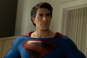 Arrowverse 'Crisis on Infinite Earths': All the Superman Easter Eggs from the Movies
