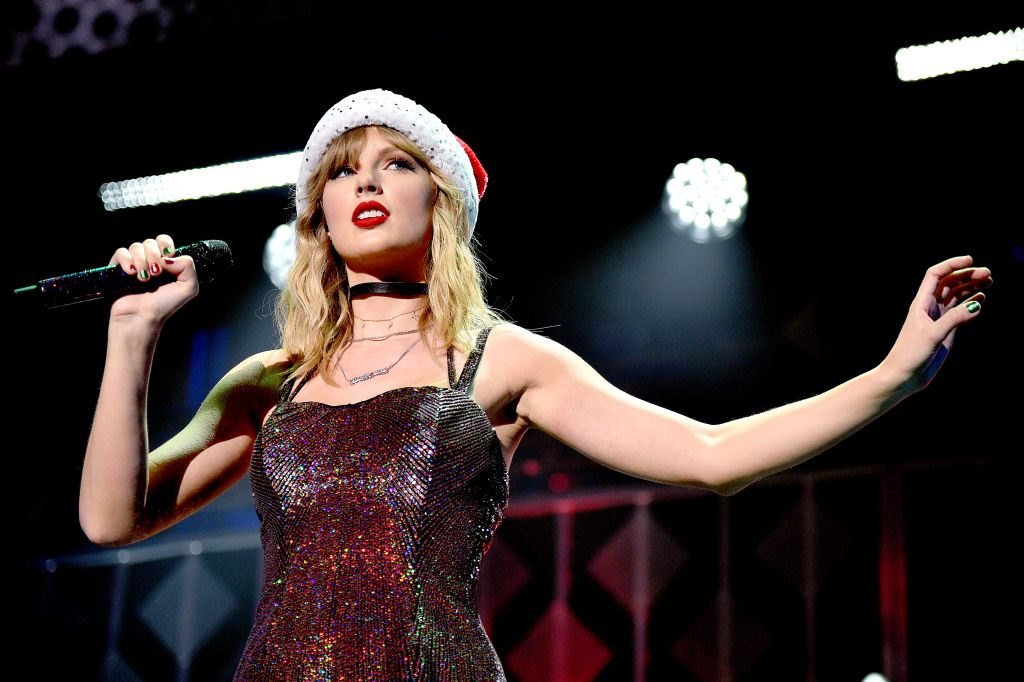 Taylor Swift celebrates career and performs at Jingle Ball 2019