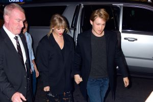 A Source Provides An Inside Look At Taylor Swift's Quiet Life With Joe Alwyn In London