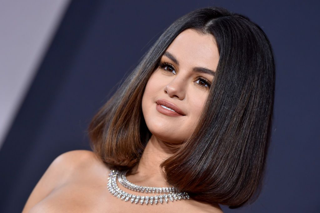 Selena Gomez Details Exactly How to Land a Date With Her