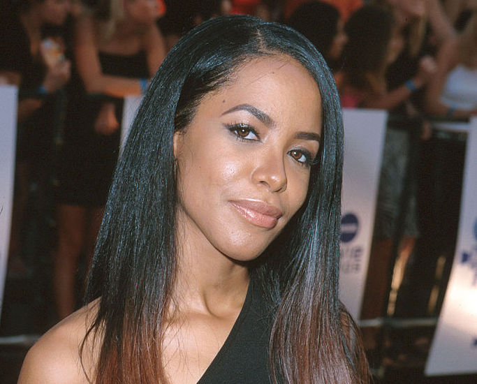 Aaliyah on the red carpet
