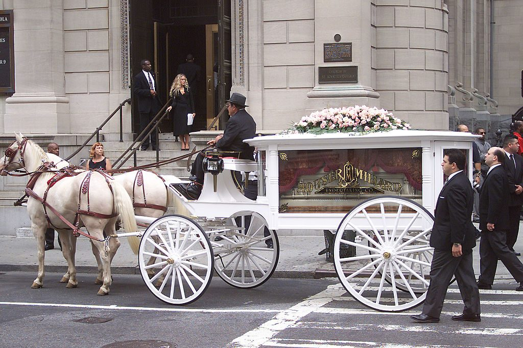 Aaliyah's funeral procession arriving at a church in New York City on  8/31/2001