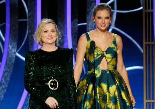 Amy Poehler and Taylor Swift onstage during the 77th Annual Golden Globe Awards on Jan. 5, 2020