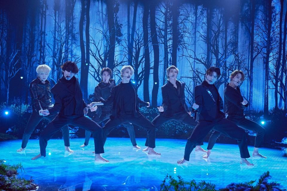Imagini pentru bts black swan performance james corden