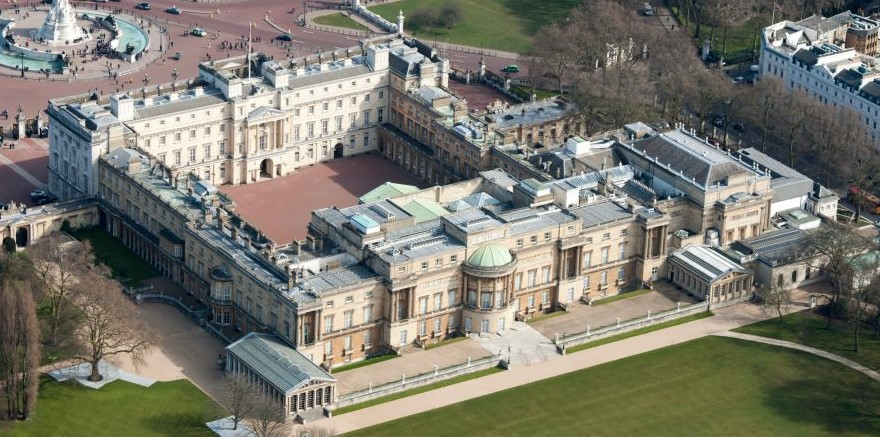 You Ll Never Believe What Machine Queen Elizabeth Ii Had Installed Inside Buckingham Palace